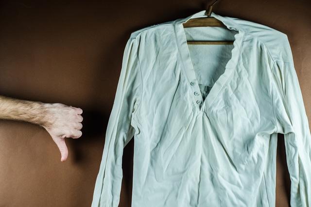 服のシワ対策