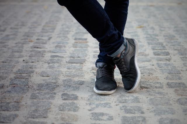 汚れが目立たない靴